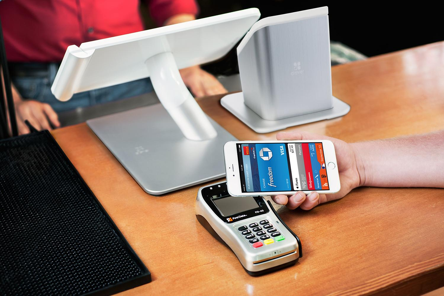 apple-pay-clover